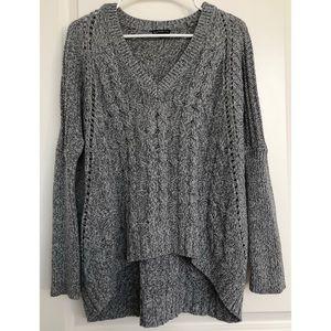 Express Grey Chunky Style Gray V-Neck Sweater S